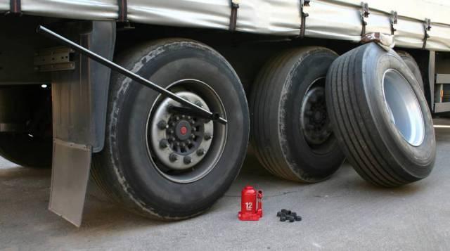 关于货车轮胎,这12件事情司机朋友必须知道!_突袭汽车图片