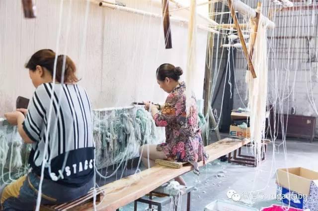 搞笑 正文  看看如皋丝毯工艺制作 传承千古文明千丝万缕,织就斑斓