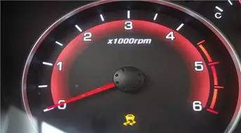 机油压力警告灯点亮的原因有哪些?