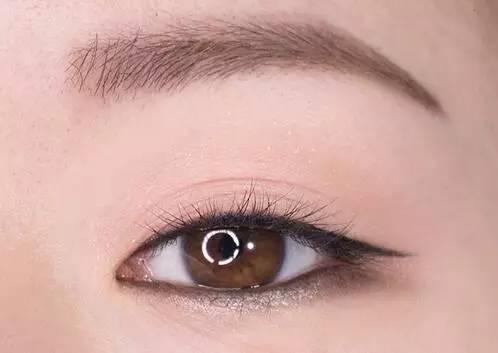 多层眼皮眼线_内双单眼皮的眼线画法_内双单眼皮的眼线画法画法