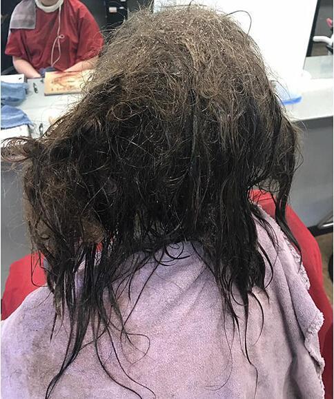 抑郁女孩剃光头,发型师奇招搞定解心结图片