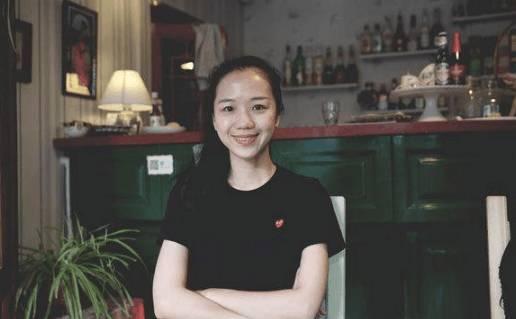 嘲讽《战狼2》的中戏教师尹珊珊被开除? 微博认证已被