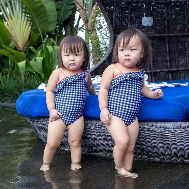 萌萌哒双胞胎姐妹被会摄影的爹妈玩出了新高度!