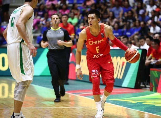不出场也能创纪录?中国男篮第一后卫创尴尬纪录!