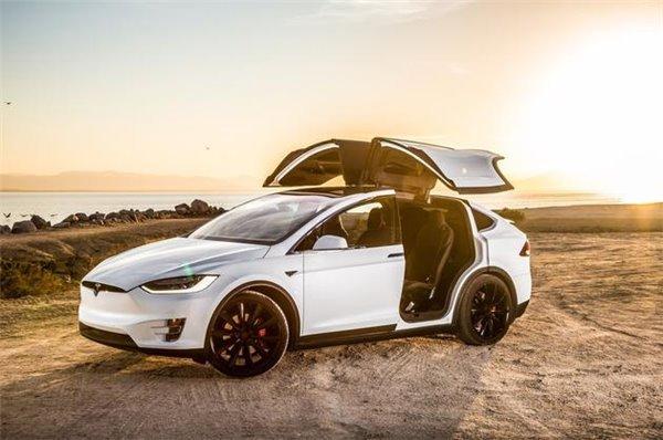 秒杀兰博基尼:特斯拉Model X创最快SUV记录 (图)
