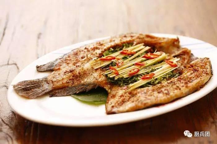 香茅草烤罗非鱼高层怎么会有隐翅虫图片