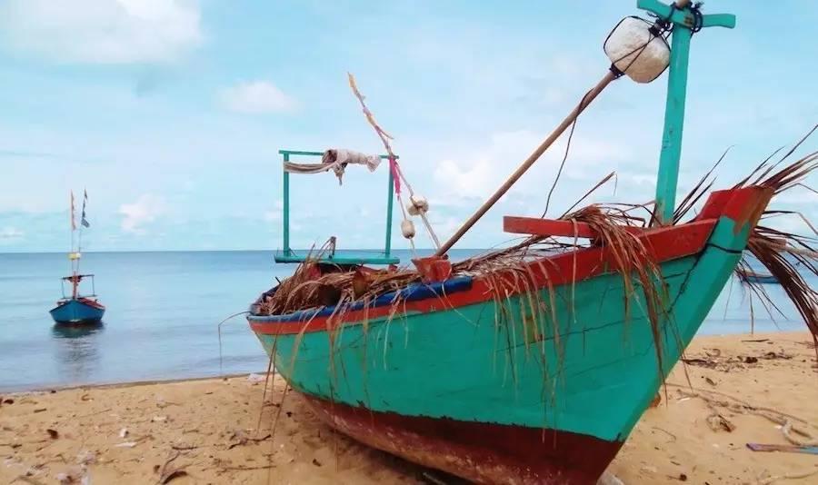 岛地�_挖沙踏浪撒欢,赶紧和娃宅在海滩边,再玩一玩吧!