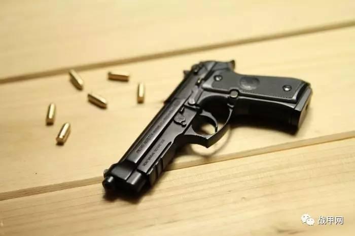 销售| beretta m92 1:2.05全拆卸手枪不可发射模型