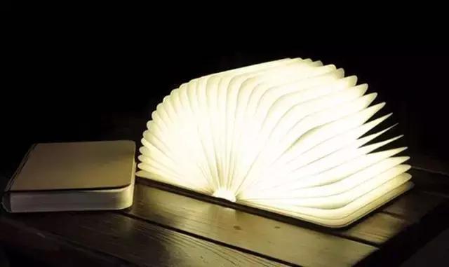 woody创意折叠书灯图片
