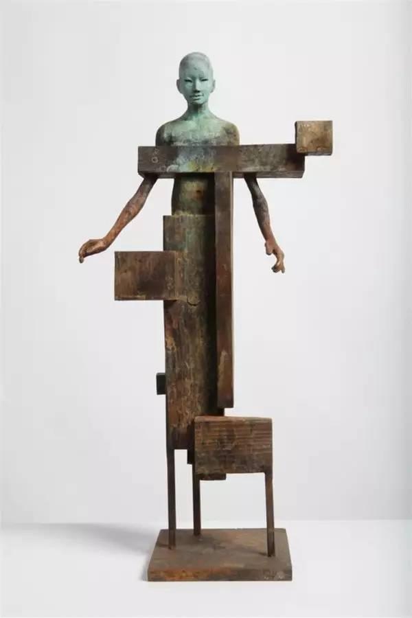 马赛克现代青铜人物雕塑