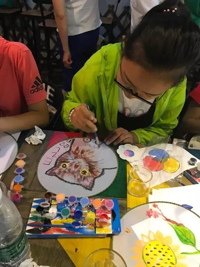 精彩活动 | 手绘团扇,画出开心假期,预热幸运之旅!