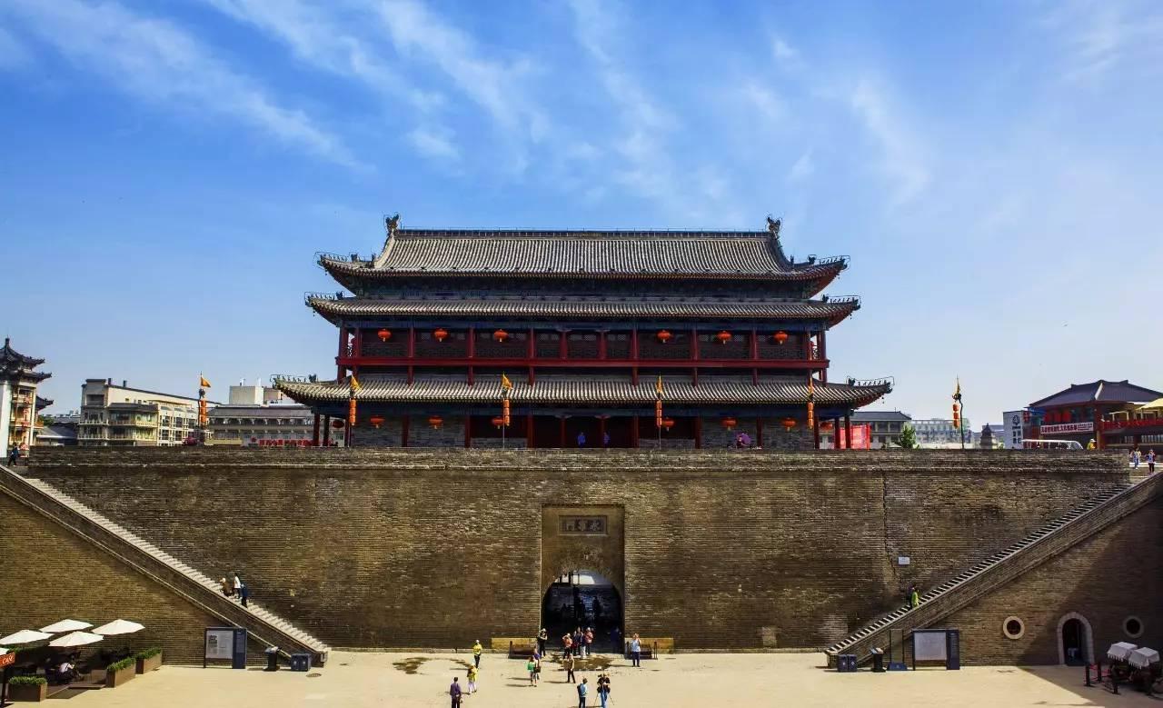 秦始皇兵马俑,华清池,钟鼓楼,大雁塔,西安城墙,骊山,陕西历史博物馆
