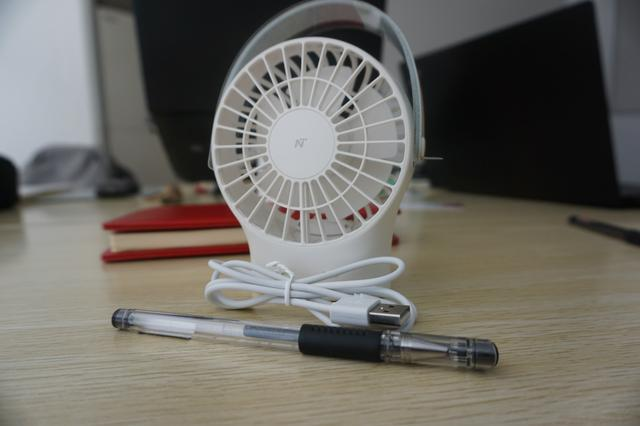 始于颜值,小旋风风扇带给你的不只是便携