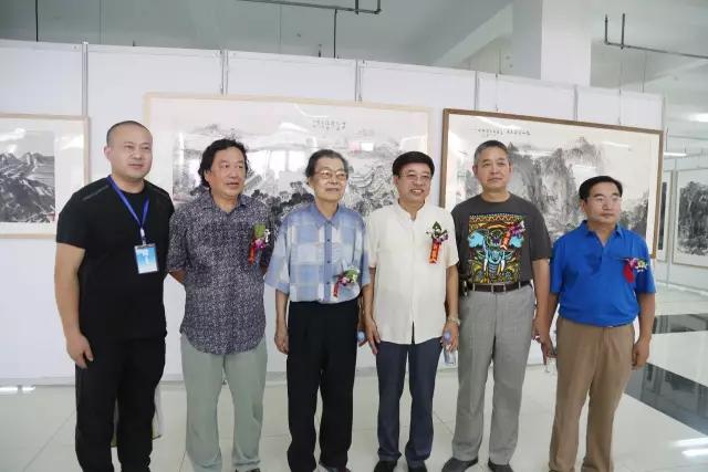 尹延新先生,张宝珠先生,石建勋先生,梁健先生,徐德叁先生,牛余林先生图片