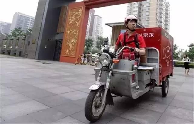 在杭州,有些人请女保姆不是为了在家里做饭,而是为了……