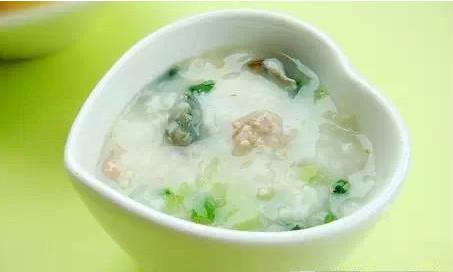 """早餐老店熬粥秘方:全因掌握了""""黄金6秘诀"""""""