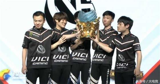 LOL:VG让一追三击败YM!回顾三个月夺冠路VG欢迎