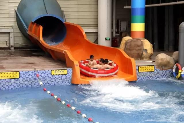园 夜 场  & 南通探险王国 夜 场 水上乐园玩到爽 水上乐园分 室内和