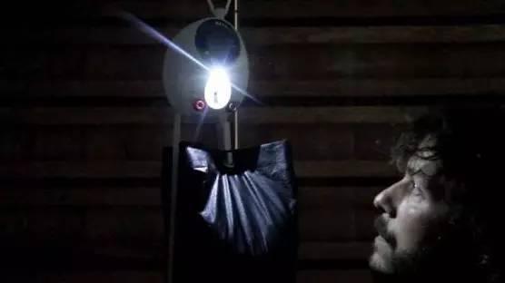 家里挂几块砖头就能有用不完的电,这以后还交什么电费啊!