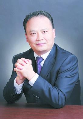 """通威集团刘汉元荣获""""2017年中国能源影响力人物奖"""""""
