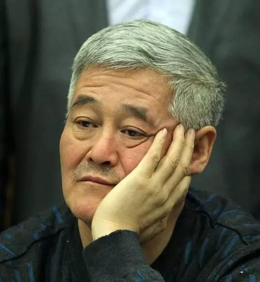 赵本山竟用这种的方式为灾区捐款,网友怒了:我们对你失望透顶!