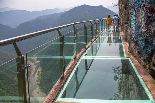 别怂!重庆这6大惊险刺激的玻璃栈道等你来!_搜狐旅游_搜狐网