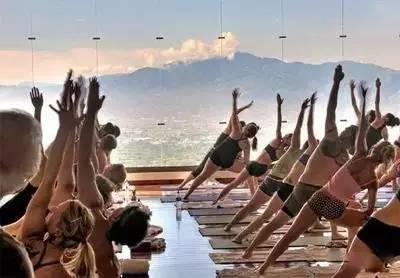 你是在练瑜伽,还是瑜伽在练你?