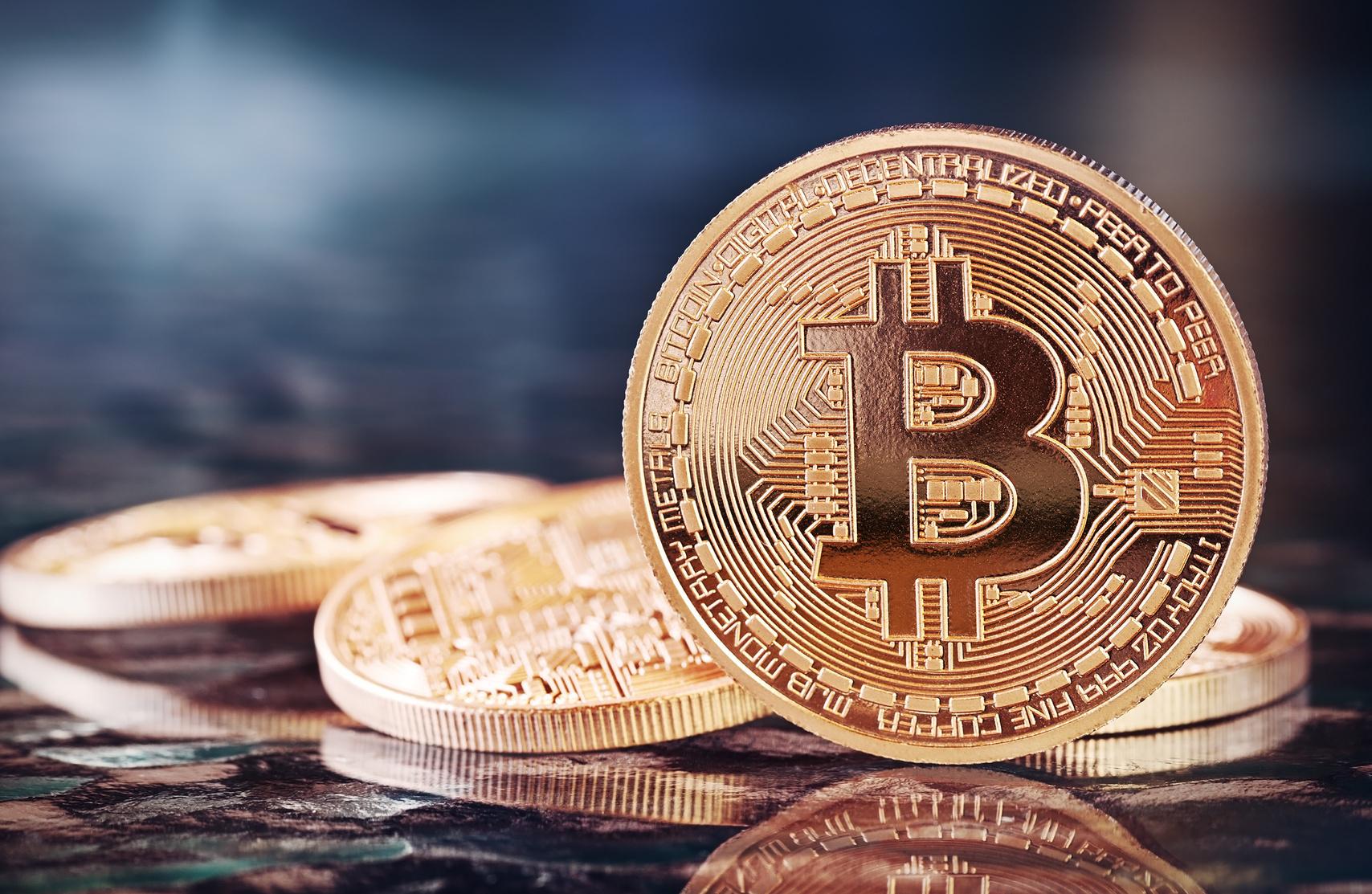 比特币简史 | 一文看懂这个价值3万元的数字黄金
