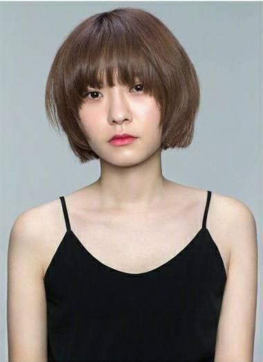 微胖脸圆的女生短发和齐刘海造型!图片