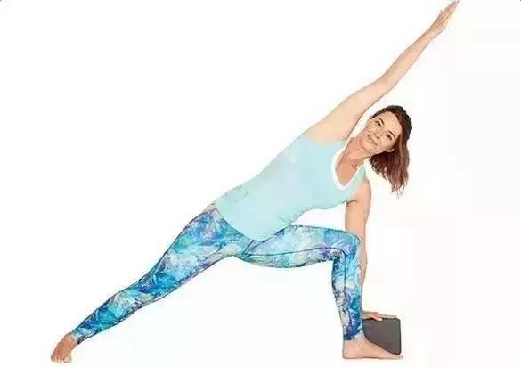 秋乏来袭,该如何练习瑜伽应对?