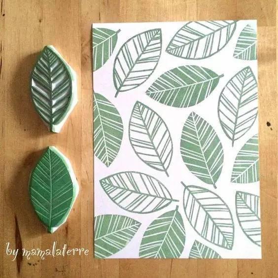 几张纸,几块碎布就能将普通的笔记本装饰的如此漂亮,文艺范十足!图片