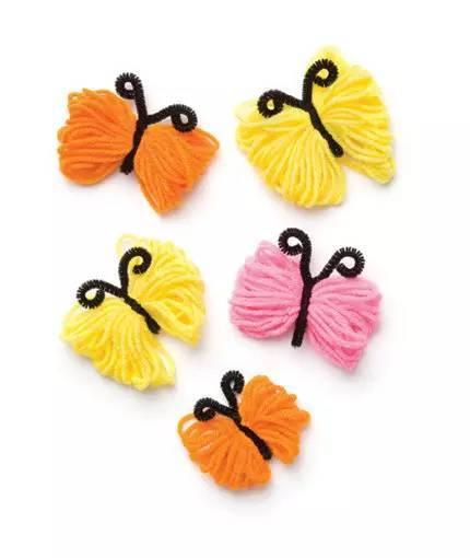 毛线制作蝴蝶贴画