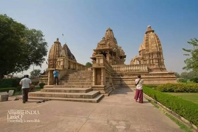 印度 克久拉霍 性 阳光 古神庙......