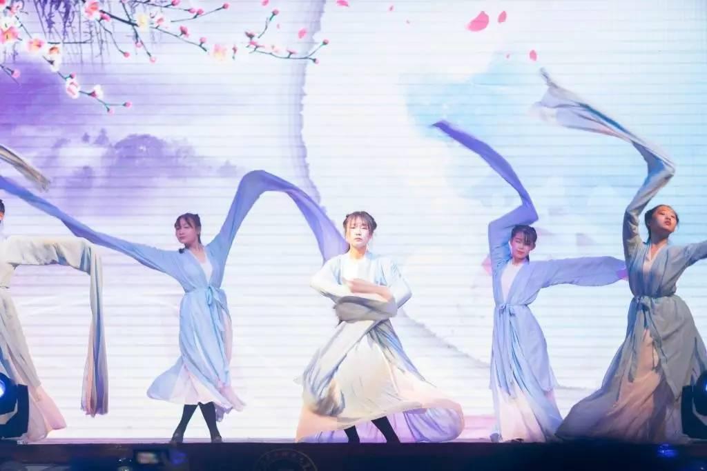 舞蹈 1024_683图片