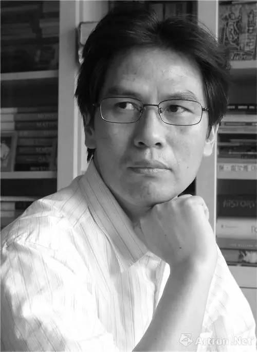 南京大学艺术研究院兼职教授国家当代艺术研究中心专家委员委员欧美