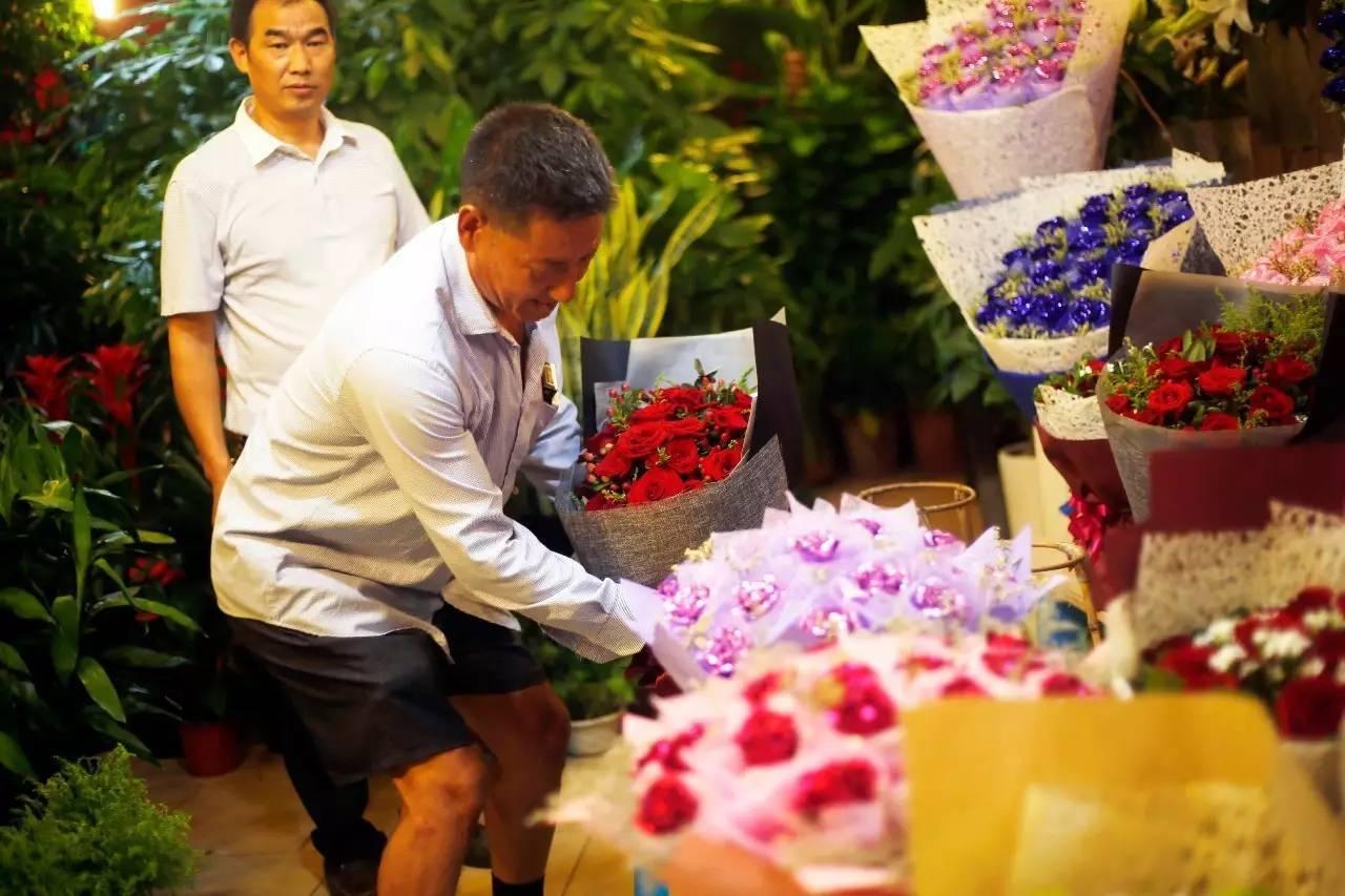 视线   七夕催热浪漫经济,花卉交易量逆袭西方情人节