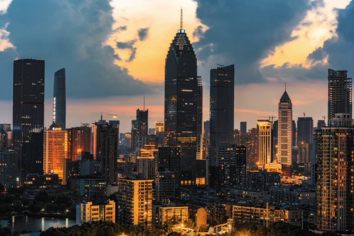 武汉市人口与面积是多少_武汉市人口密度分布图