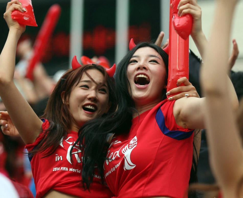 韩国气疯了!要亚足联改规则报复国足,却连遭伊朗乌兹戏耍讽刺