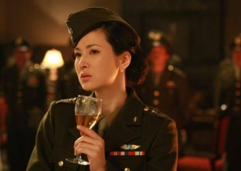 二次翻红,童蕾剧中这个剽悍猛妻,可是让靳东这凤凰男受尽委屈