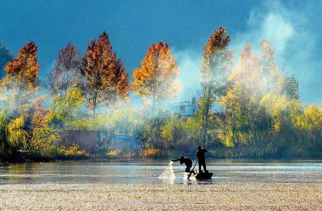 草场摘星,昂首看月,这里是泸沽湖最安静的地方!