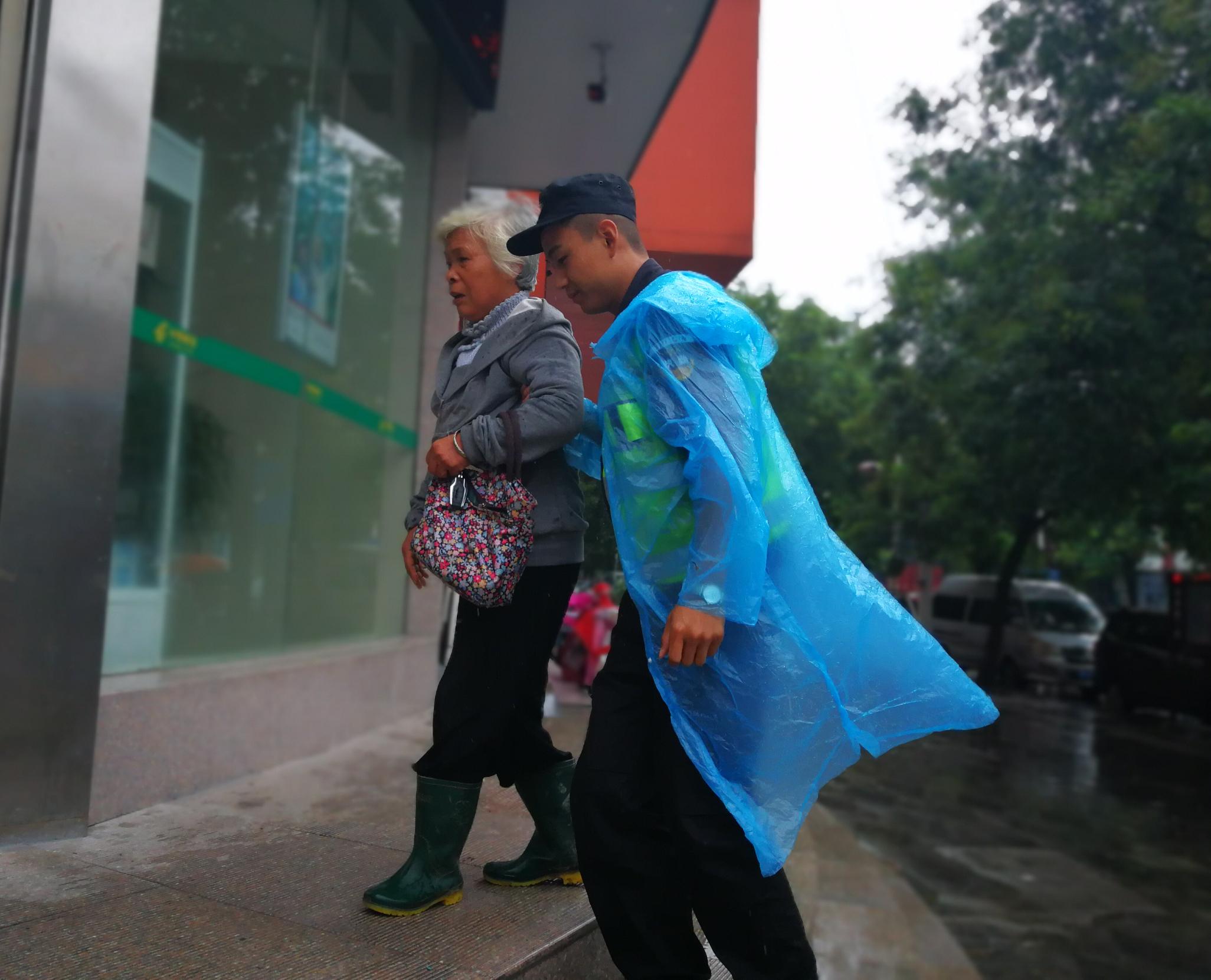 雨落淮阳,温暖一座城——创建文明县城发生的点滴