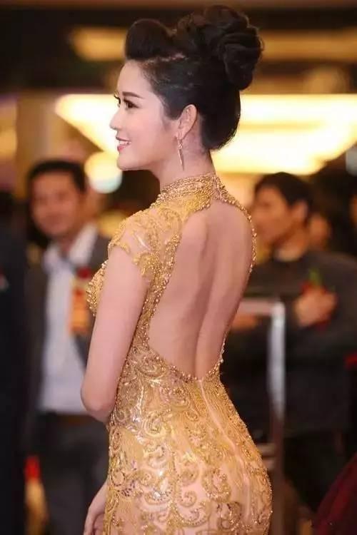 越南小姐冠军的最美瞬间,美得意外,倾国倾城!