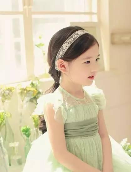 美美小公主编发教程,家有女儿的必须收藏好!