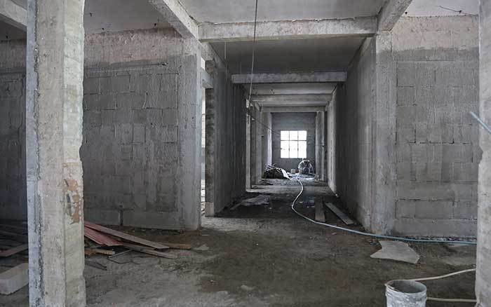 浅析钢筋混凝土结构抗震加固