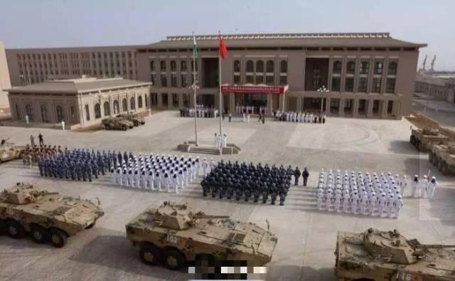 8月1日,解放军驻吉布提保障基地部队进驻营区仪式,在基地营区举行!