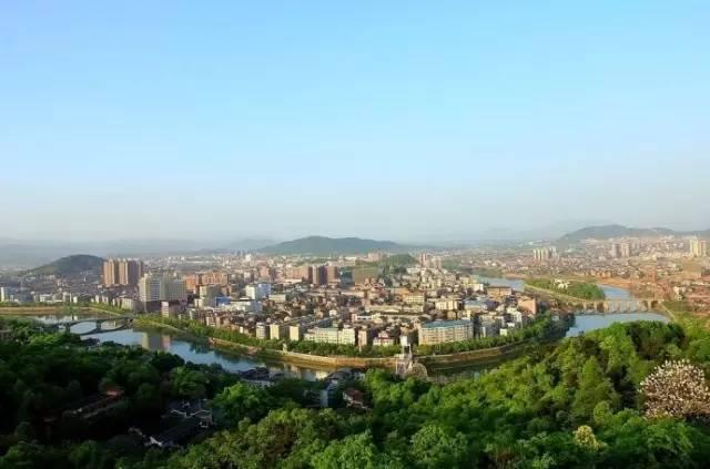 醴陵gdp_醴陵市zf 国内首列醴陵陶瓷磁浮专列起航(2)