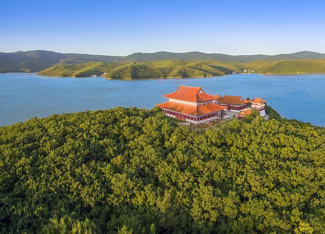 世界第二大高山堰塞湖 寻找火山口远古的遗迹