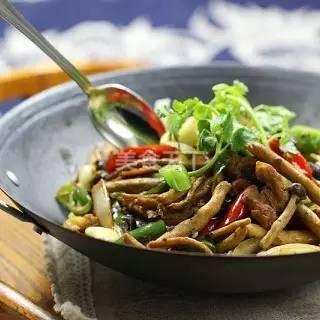 蘑菇的最佳吃法,够味儿!
