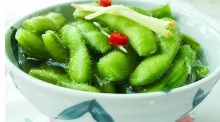 小小一粒豆,能降脂降胆,还能预防更年期!这个季节吃它最适合!