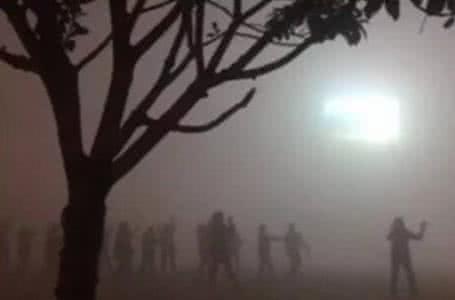 我在北京的街头腾云驾雾 你在千山的清晨秋月风花